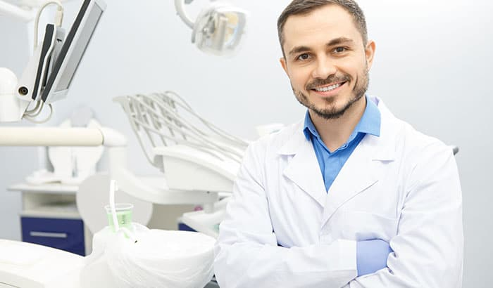 5 Reasons to Consider a Career in Dental Assisting